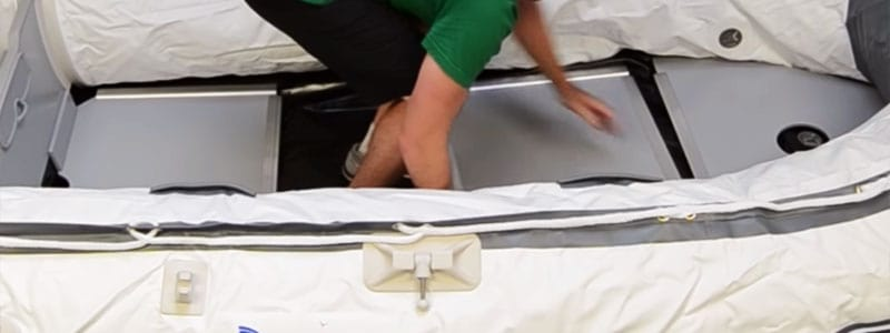 how-to-inflate-inflatable-boat-step-4